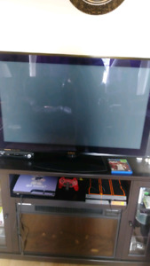 "Looking to trade 42 inch tv and hp laptop for a larger tv 50""+"