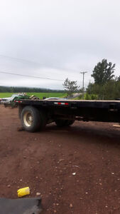18 FOOT FLATBED