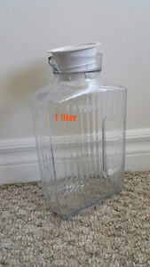 1 liter container