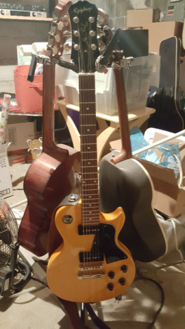 Epiphone Limited Edition Les Paul Special Electric Guitar $450