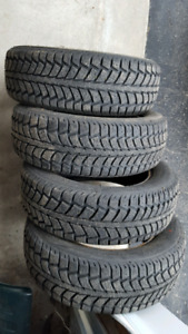 4 Winter Tires Uniroyal Tiger Paw Ice and Snow 11  175/65R14