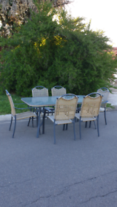7 PIECE OUTDOOR DINING SETTING