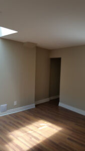 MID TOWN BEAUTY SPACIOUS 1600 SQ FT 3 BDRM APT 9 LRGE WINDOWS