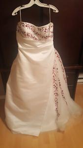 Robe de mariée 150 OBO doit partir
