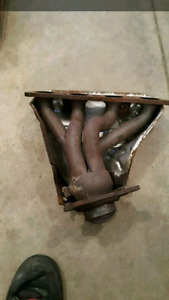 Stock 04 honda civic sir headers an heat shield