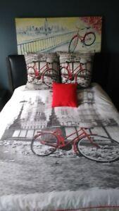 Housse Vélo grand lit, coussins Vélo et tableau Vélo