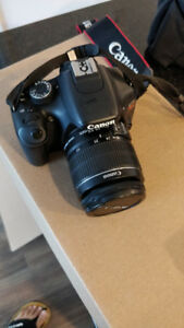 Canon EOS Rebel T2i 18 MP -  2 Batteries, Carry bag