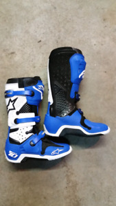 Alpinestars tech 10 size 10