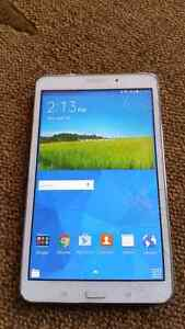 "Must Go ASAP!  Galaxy Tab 4 16gb 8"" tablet cracked screen $50!"