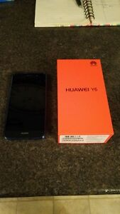 (ROGERS/FIDO) HUAWEI Y6 INCLUDES CHARGER + BOX + CASE