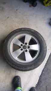 """4 16"""" summer tires on rims West Island Greater Montréal image 1"""