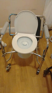 Toilet Seat with Safety Frame & WHEELS Windsor Region Ontario image 1