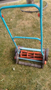 Practical Excercise push lawnmover