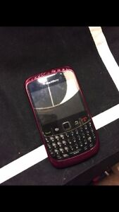 Pink blackberry curve 9300 w/charger