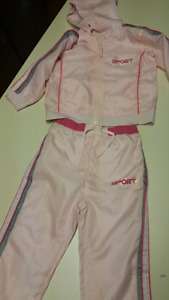 3T to 4T Girls 2 piece summer rain or cool weather set.