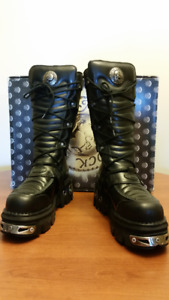 NEW ROCKS REACTOR BOOTS - MEN'S - size 9.5/42