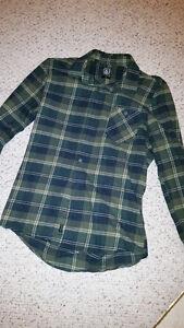 Volcom long sleeve button up flannel shirt