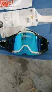 100 percent goggles mint condition with tearoffs Cambridge Kitchener Area image 1