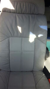 Seats for a 1997 Ford Econoline E-150 Van Moose Jaw Regina Area image 3