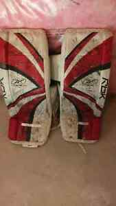 Goalie pads for hockey