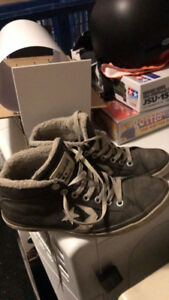 Men's converse running shoes 8.5