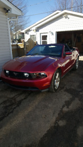 2011 Mustang  GT   Convertable