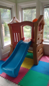 STEP2 DOUBLE SLIDE CLIMBER