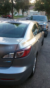 2012 Mazda Mazda3 GS SKY Sedan Kitchener / Waterloo Kitchener Area image 4