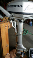 2000 Honda 5hp 4 stroke long shaft outboard motor