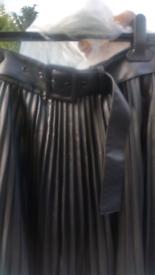 Zara blck skirt size small
