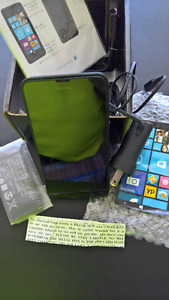 LUMIA 635 Window phones BLK-NEW ($150) or 2 used ($75 each)