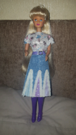 Petra doll vintage like barbie sindy doll