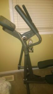 The Life Fitness X1 Elliptical used very little..PAID 2000 $
