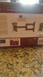 Tv wallmount multiposition new in box never used 12-25 inch Gatineau Ottawa / Gatineau Area image 2