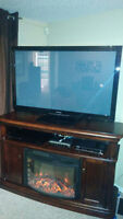 Electric fireplace/entertainment unit, Like new. New Price