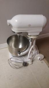 For sale kichen aid mixer