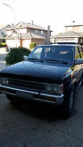 1995 Nissan Pathfinder Warren Miller Edition