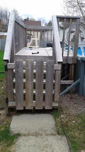 10' x 5' pool deck