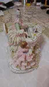 Vintage large  Irish Dresden pianist lace figurine Sarnia Sarnia Area image 3
