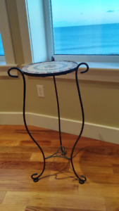 A beautiful house plant stand