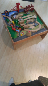 Toys r us Train Set With Table***