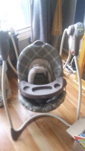 Graco musical baby swing
