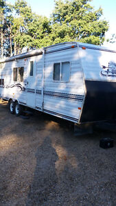 27ft. Westwind Holiday trailer, Bucket Bed model