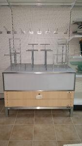 Plusieurs équipements de magasin, mannequins et racks Gatineau Ottawa / Gatineau Area image 6
