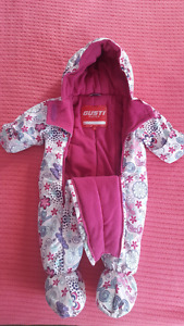 Gusti snow suit size 6-12 months Brand New!