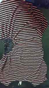 Lot of women's clothes size xs-s Cornwall Ontario image 5