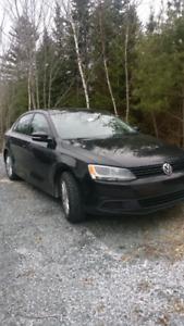 2011 Volkswagen Jetta, 109k with brand new studded winter tires