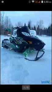 Arctic cat M8 2011