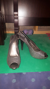 High heel shoes sizes 9-10