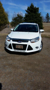 2013 FORD FOCUS  *EXCELLENT CONDITION*  FOR SALE